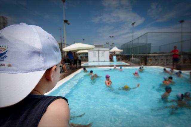 La piscina e i bambini